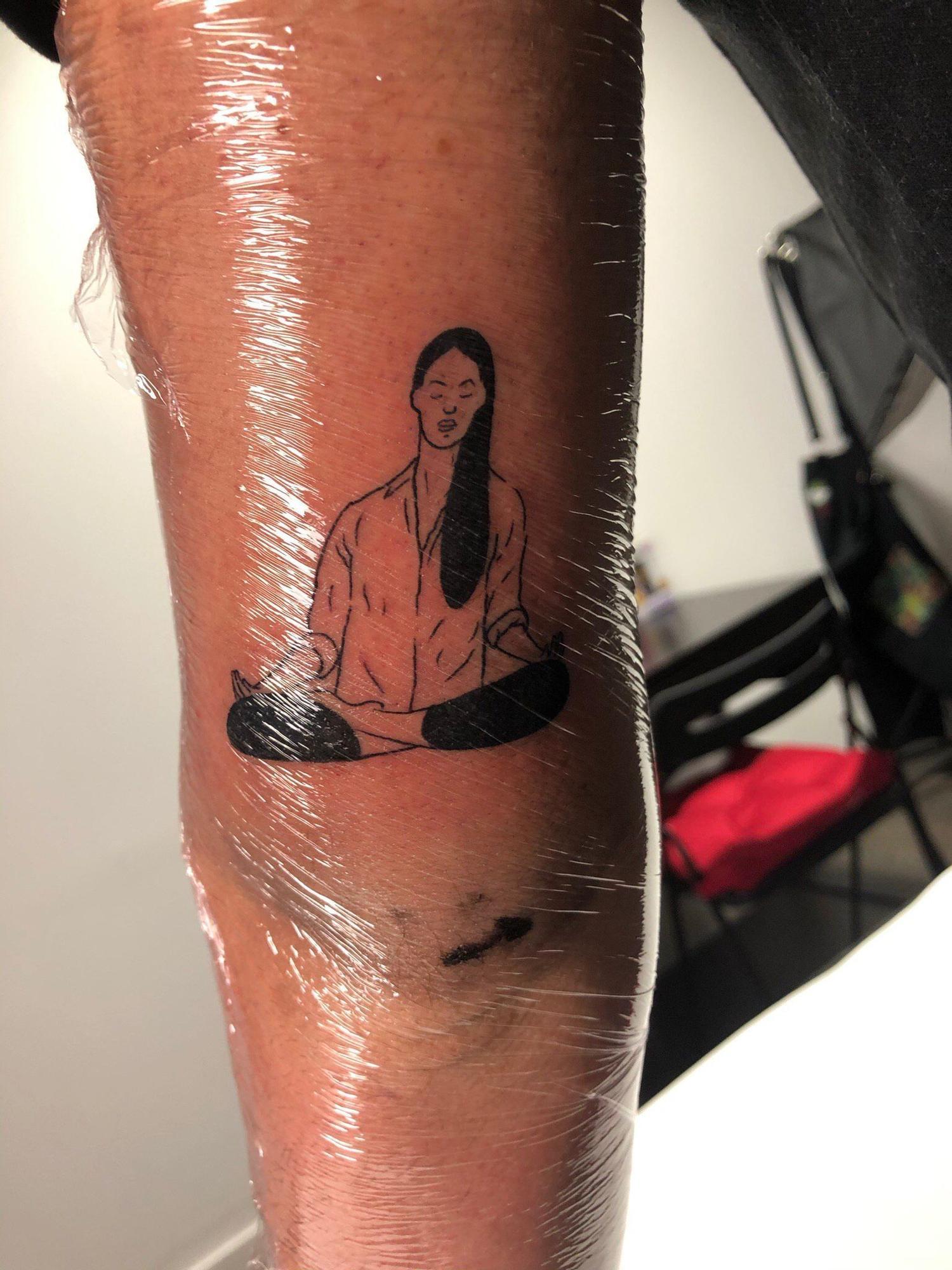 """Fallas 2021. Los """"tatoos"""" de la Meditadora"""