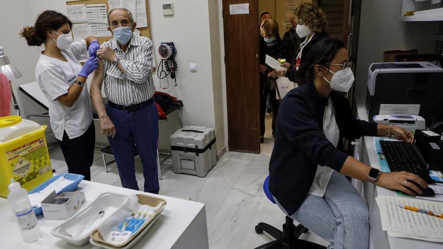 Más de la mitad de los contagios por covid en Alcoy no están vacunados