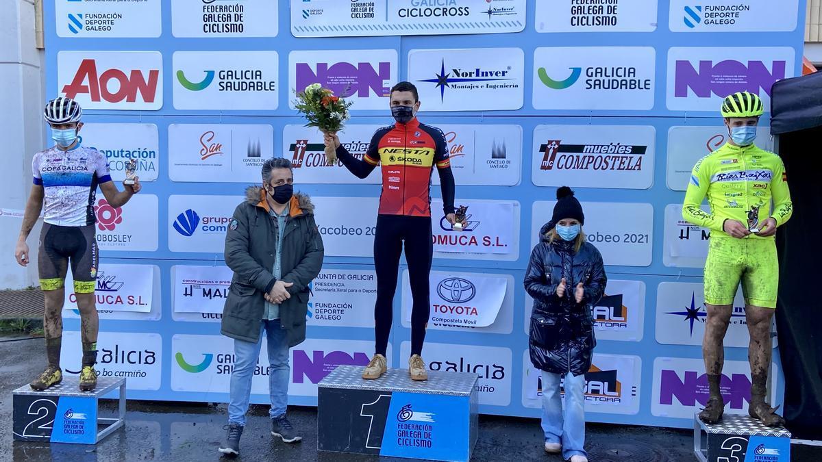 Iván Feijoo, no podio de Santiago.