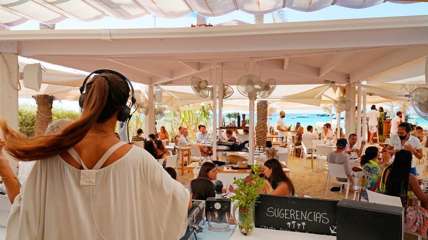 Juan y Andrea, el 'place to be' de Formentera