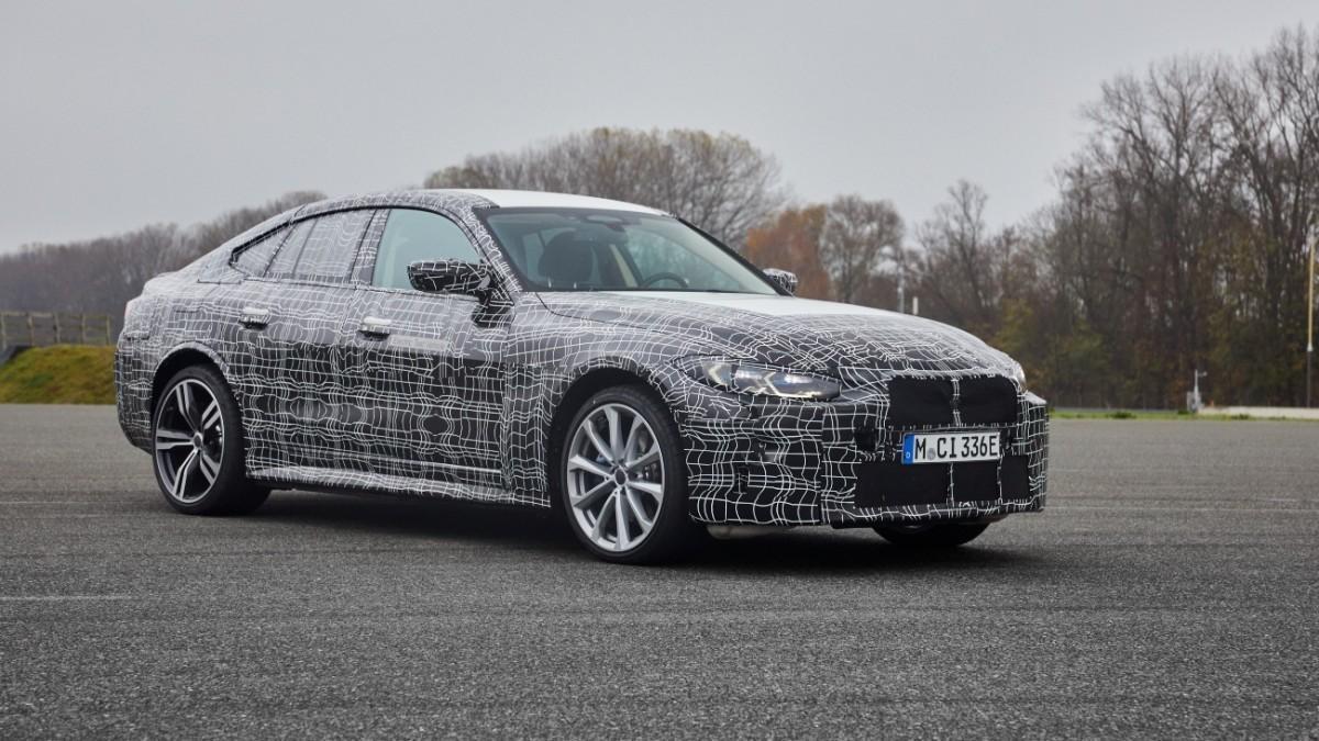 El nuevo BMW i4 inicia la cuenta atrás para su debut