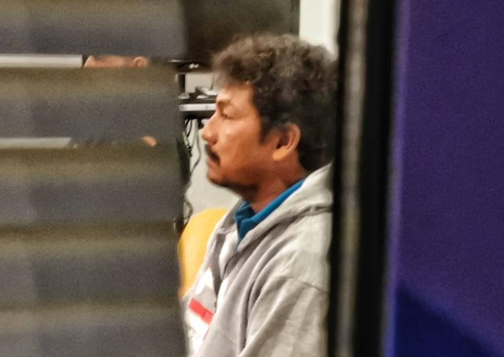 Uno de los ecuatorianos, prestando declaración en los juzgados de Cangas