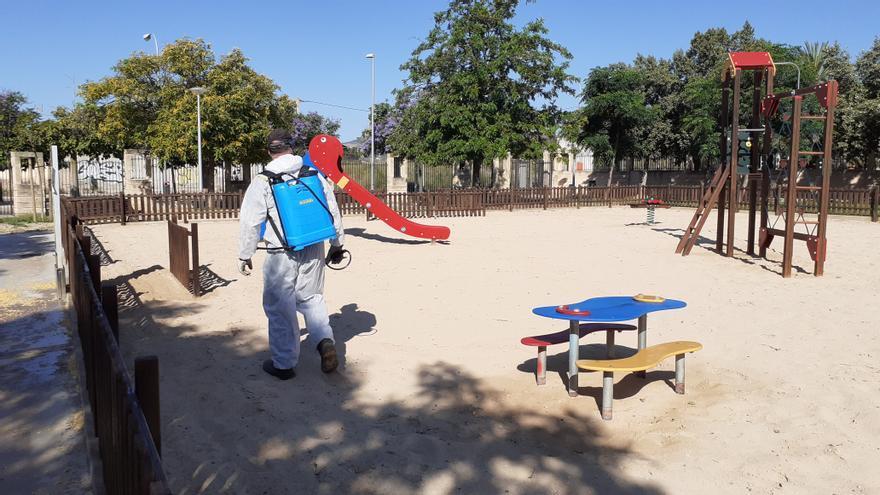 Cort reabre a partir de mañana los 173 juegos infantiles de Palma