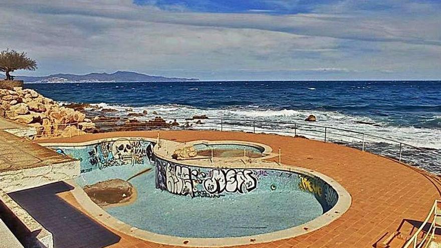 La piscina de l'antic Voramar de l'Escala tindrà un ús públic