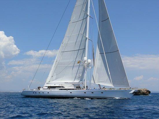 Hyperion, yate de superlujo que ha atracado en el Puerto de Málaga este año.