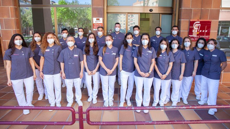Clínica Mayans: implantes dentales, ortodoncia y odontología general en Ibiza