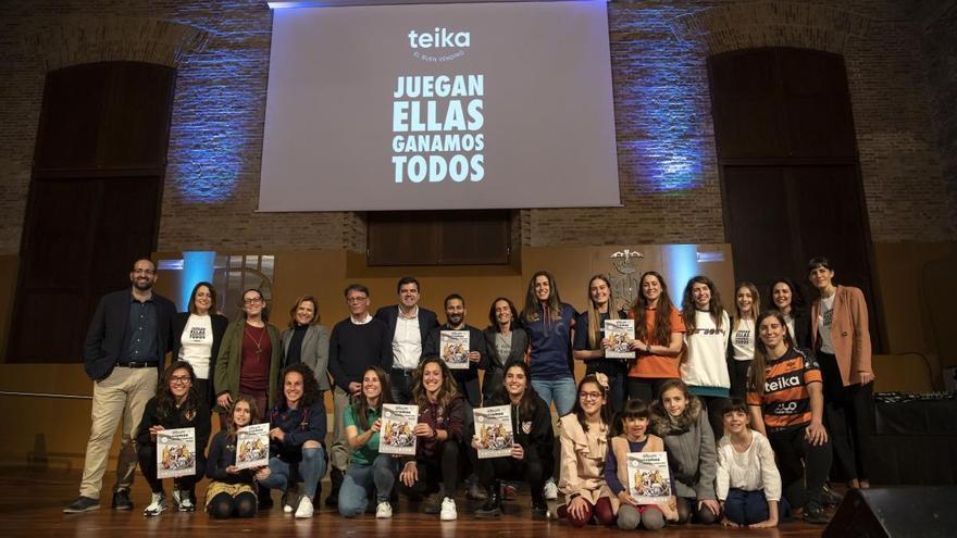 Teika lanza de nuevo su álbum de cromos de deporte femenino