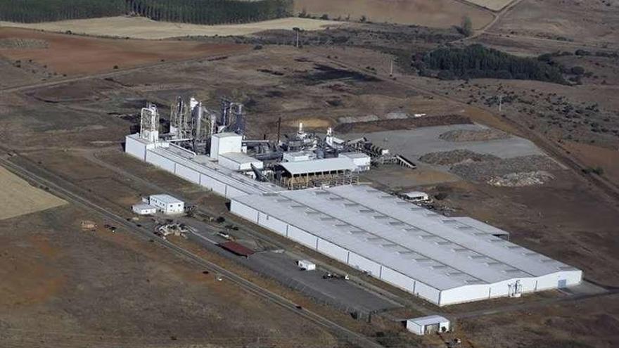 """Kronospan comprometió """"la continuidad"""" de la fábrica en la compra de Interpanel"""