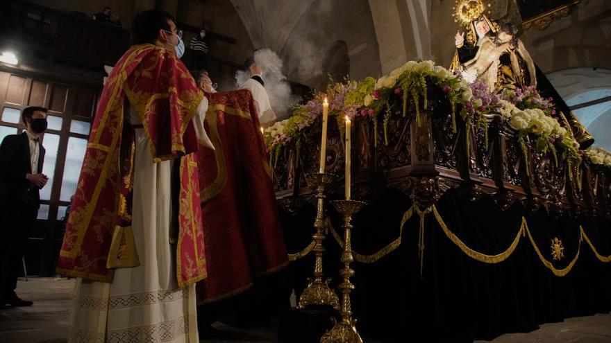 GALERÍA | Acto litúrgico de Nuestra Madre de las Angustias