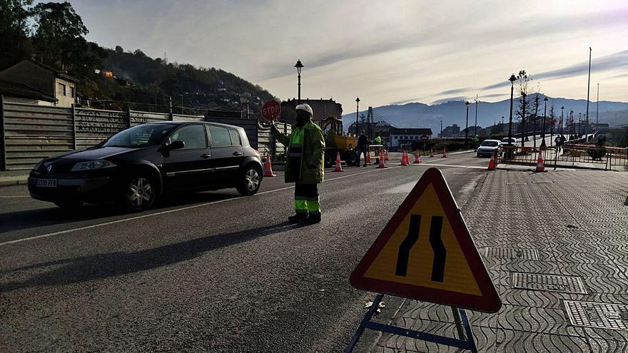 La obra de la geotermia obliga a regular el tráfico entre Sama y La Felguera