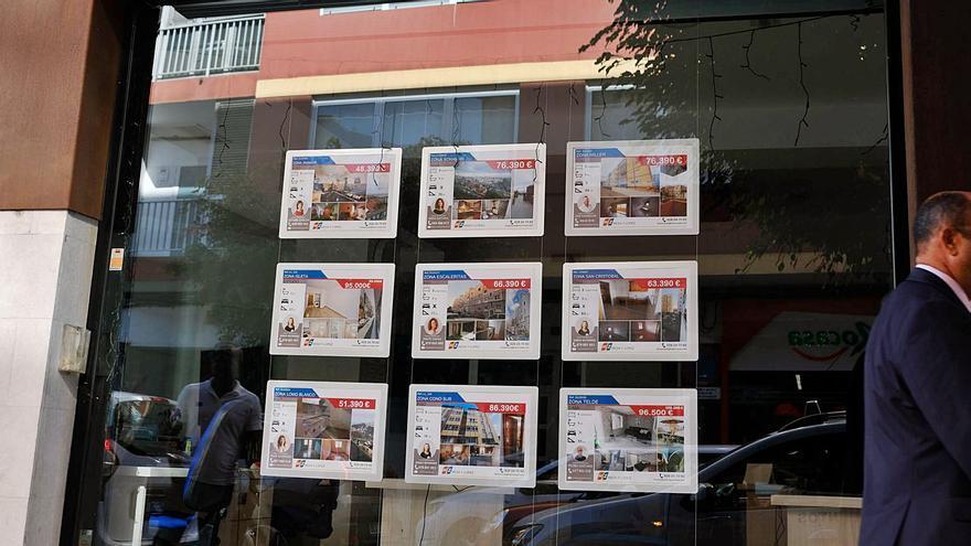 La Covid reduce  un 40% la venta de casas por la escasa  demanda extranjera