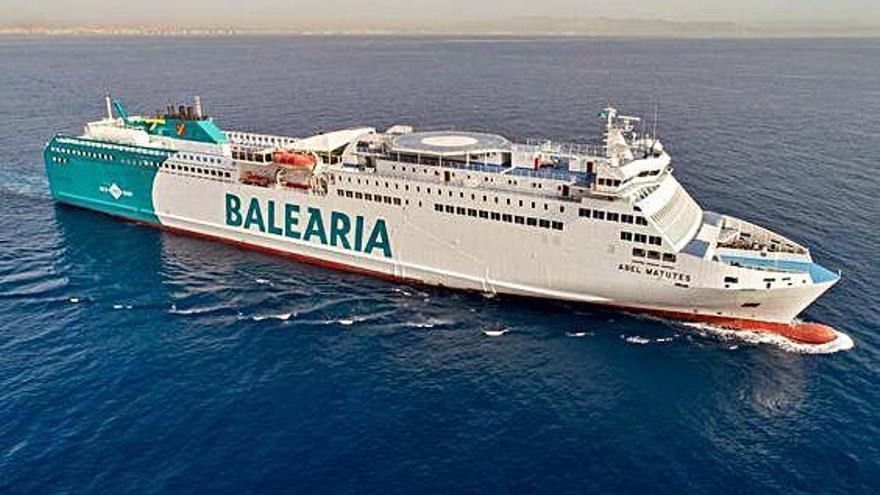 Baleària y Fred. Olsen incorporan   un nuevo ferri a la línea con Huelva