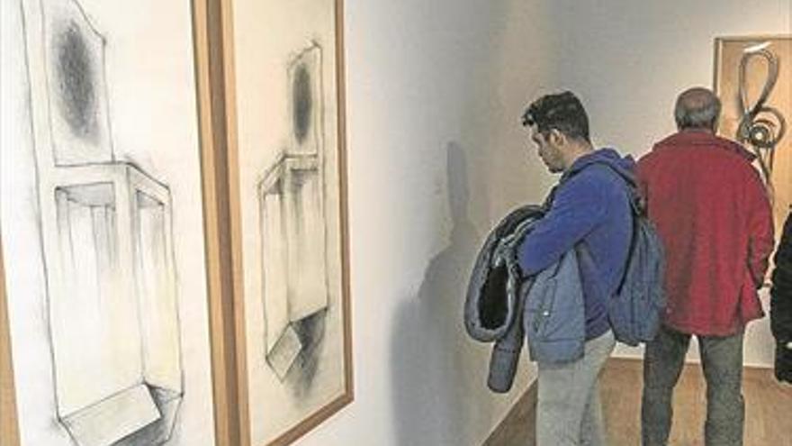 El Centro Espaliú expone obras de colecciones cordobesas del artista