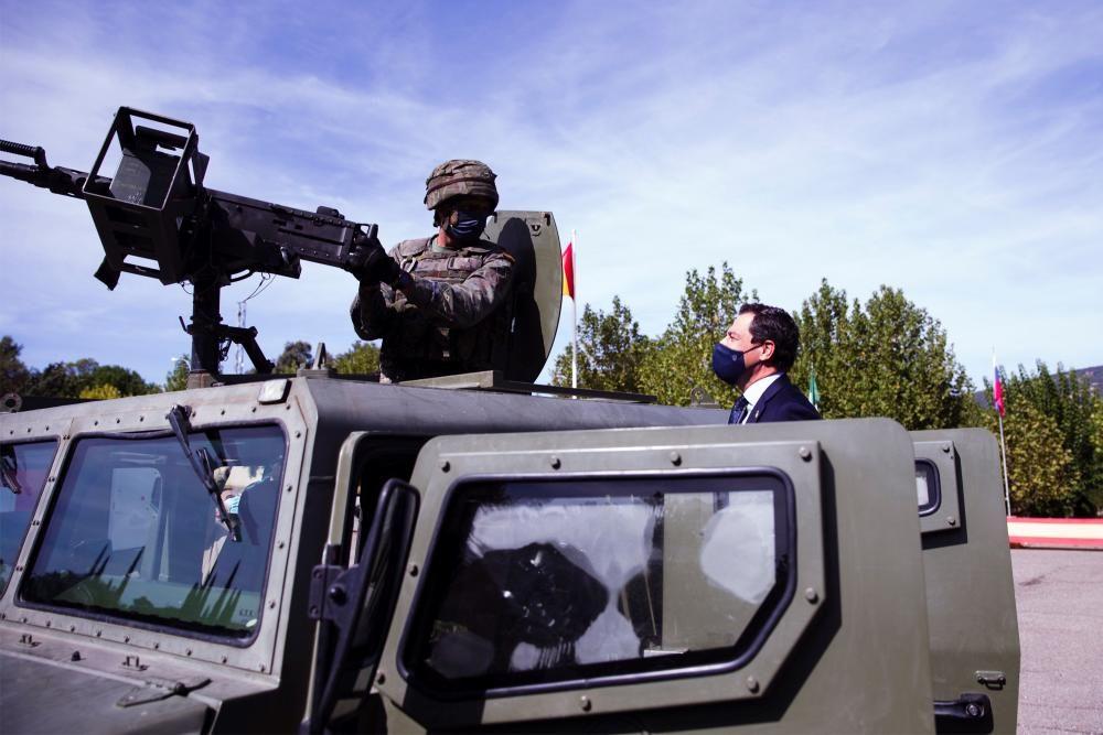 Moreno visita la Brigada de la Legión Rey ...