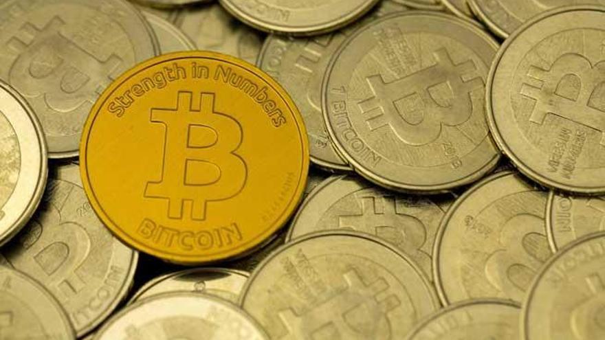 Un centenar de inversores en bitcoin prepara una denuncia colectiva contra Arbistar por estafa piramidal millonaria