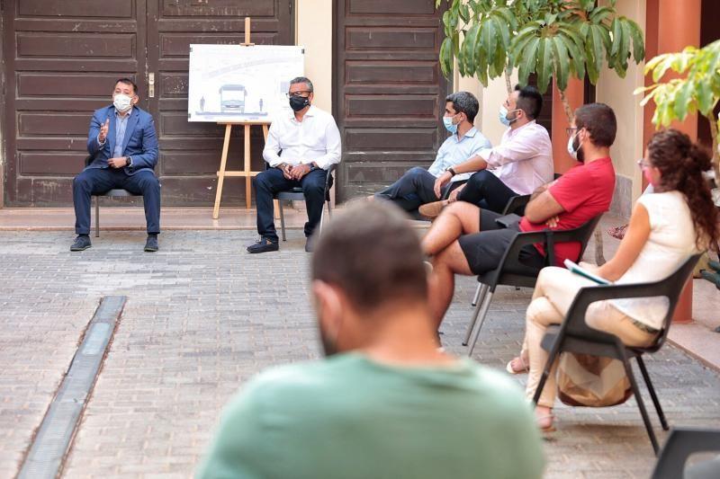 Cuarta reunión del Ayuntamiento de Santa Cruz con los vecinos de San Andrés sobre el puente