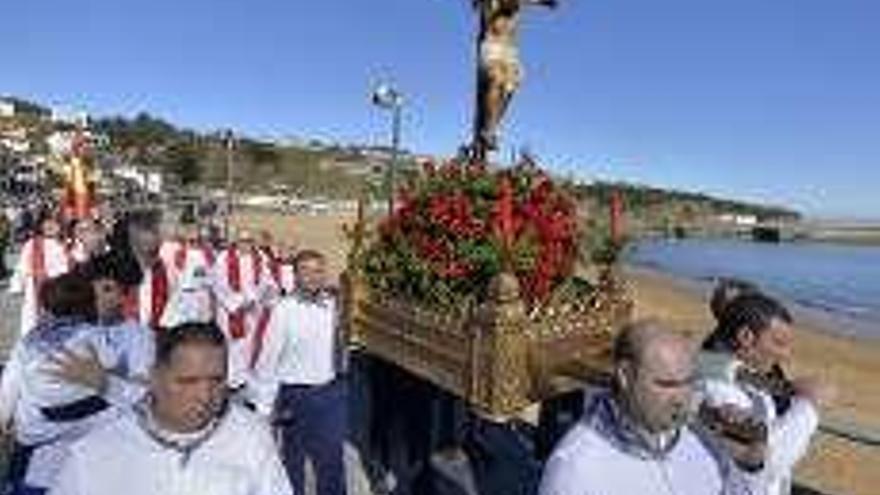 La procesión cívica del Cristo del Socorro encabeza el día grande