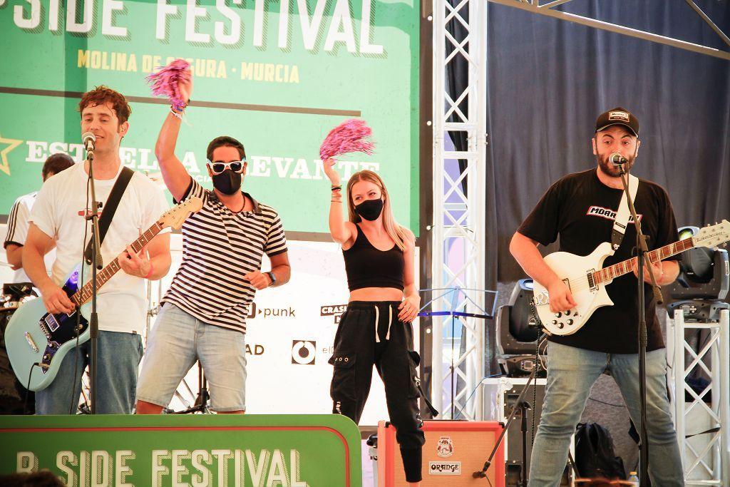 Concierto de La La Love You en el B-Side Festival de Molina
