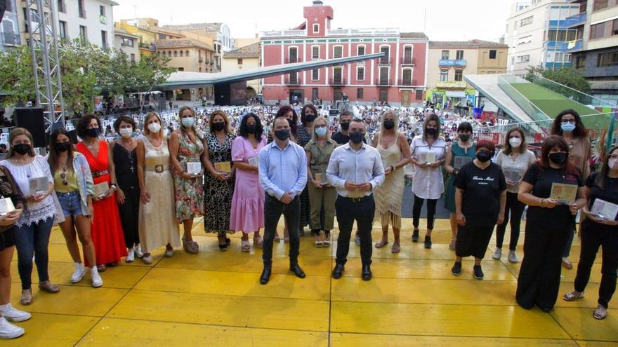 Tributo a hostelería y comercio de Vila-real por su sacrificio durante la pandemia