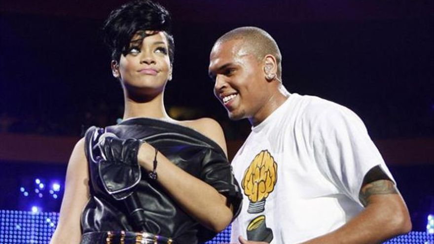 Rihanna y Chris Brown celebran juntos 'Acción de Gracias'