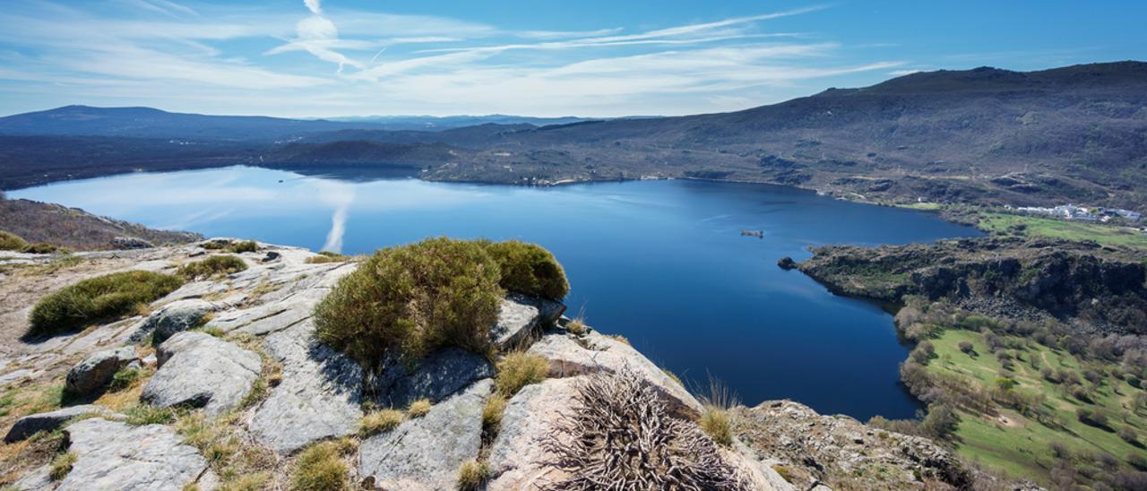 La temperatura de los lagos se eleva en medio grado por el cambio climático