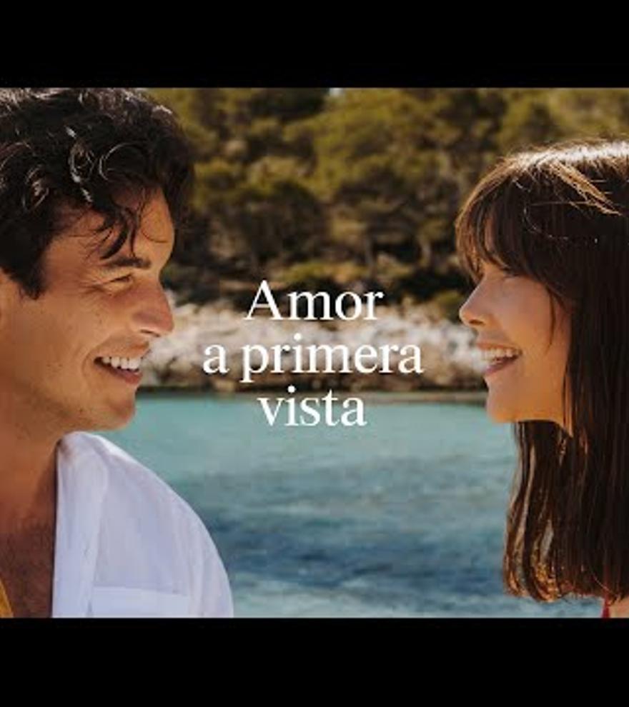 La nova campanya d'estiu d'Estrella Damm viatja fins a la cala en Turqueta de Menorca