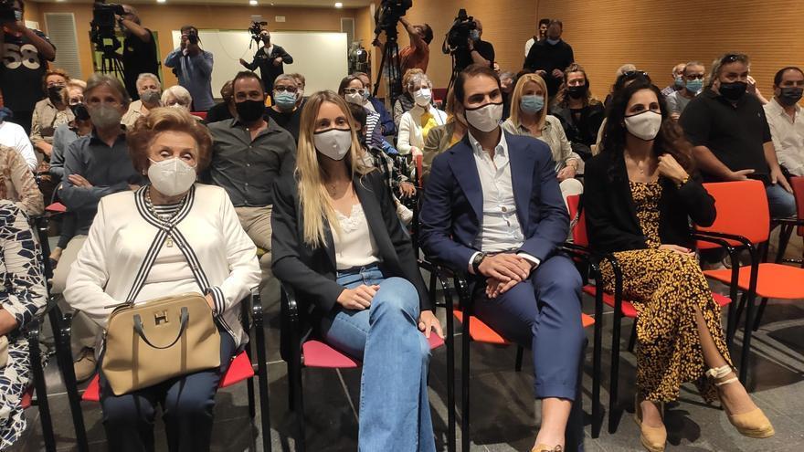 Fent i desfent | Sant Llorenç hace hijo adoptivo  a Rafel Nadal por donar un millón de euros