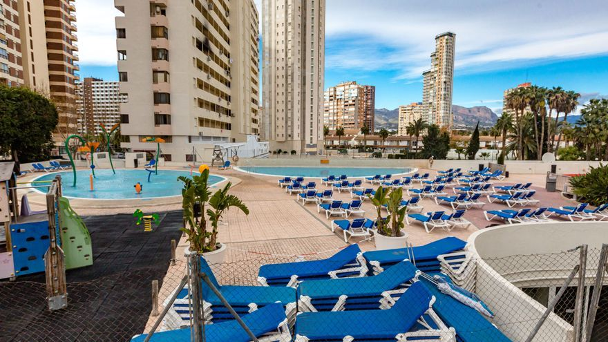 La patronal advierte de que uno de cada tres hoteles no podrá abrir este verano