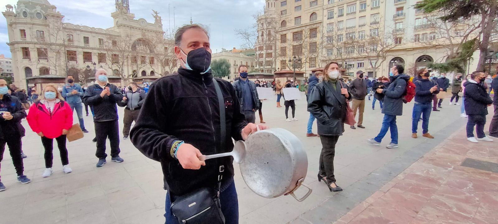 Manifestación de los hosteleros en València