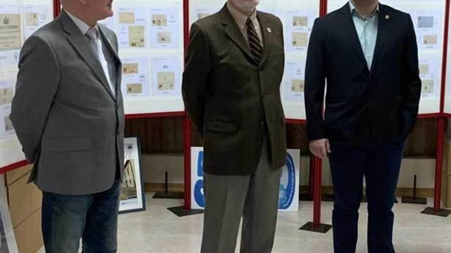 Valdés expone una colección de material postal gallego de la II República