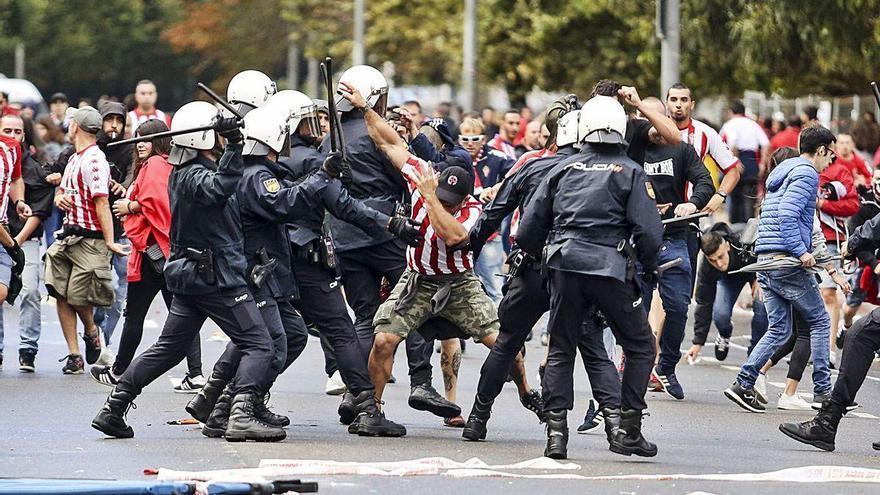 """El acusado por los disturbios del derbi que fue a juicio: """"Evito la violencia en el Sporting"""""""