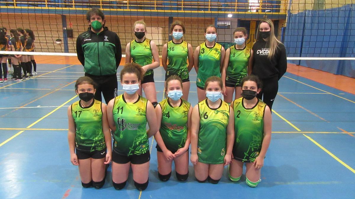 El equipo de voleibol de Cangas de Onís.