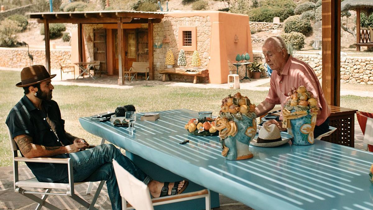 Adrián Rodríguez y Pepe Roselló durante la entrevista. | ANA MARINA SANZ