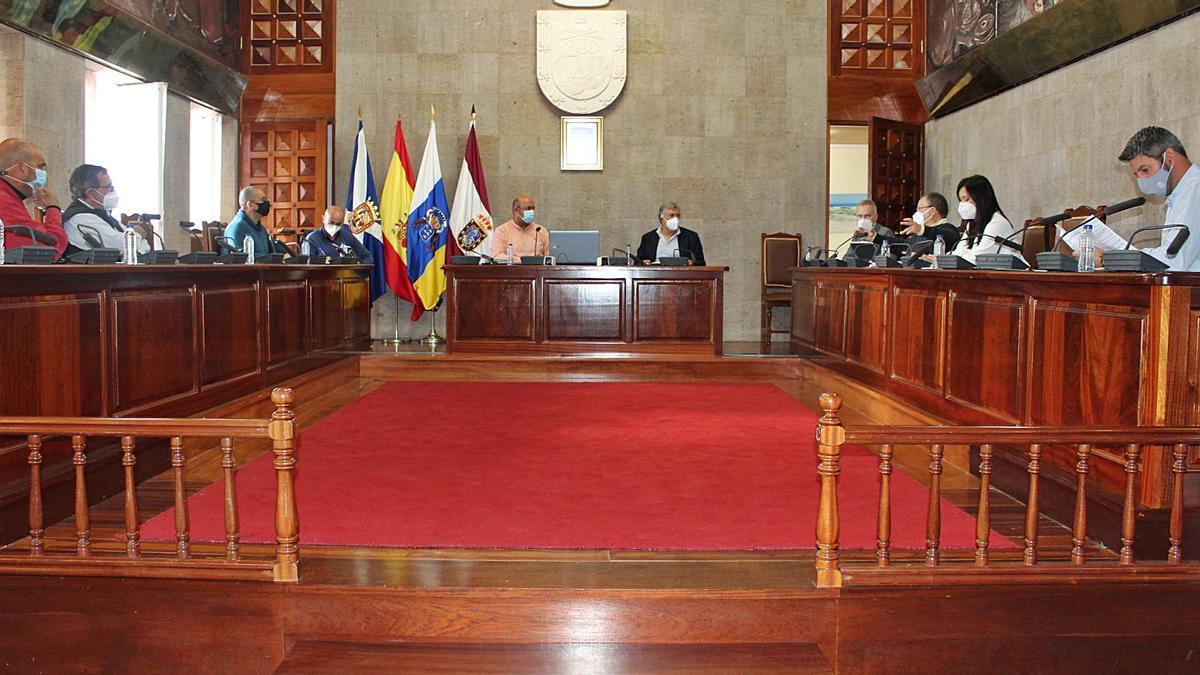 Reunión del gobierno local de Granadilla de Abona y la Autoridad Portuaria.