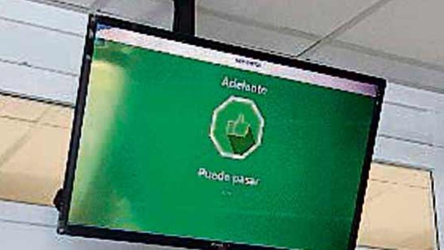 Vegalsa controla con sensores el aforo del Eroski Center de Pérez Cepeda