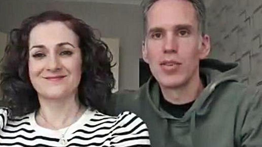 Una pareja de Caravaca regresa tras dos meses en Kiev con su hijo