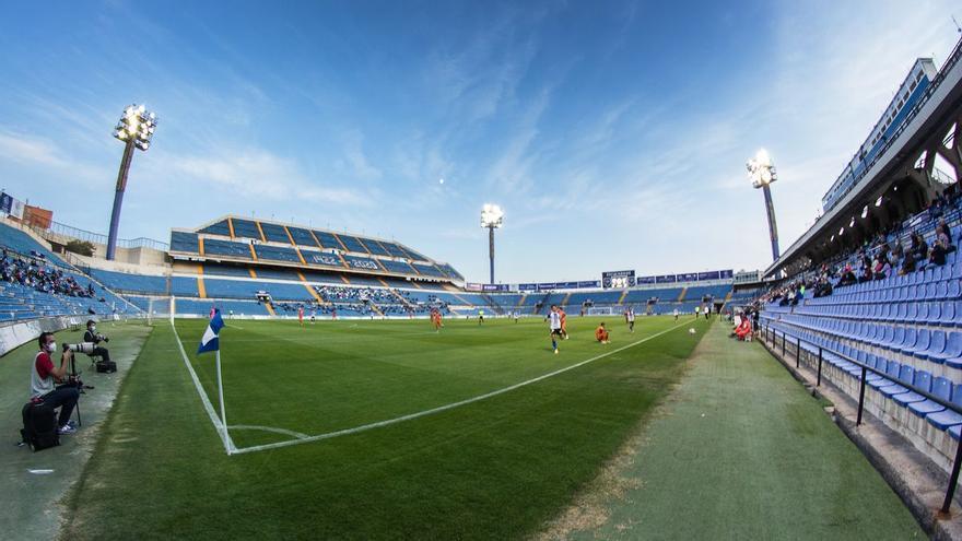 ¿Cuándo podrán volver los aficionados a los estadios?