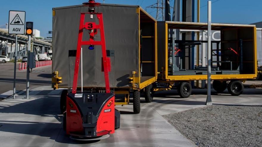 Seat, primera marca europea en usar vehículos autónomos para el transporte exterior de piezas