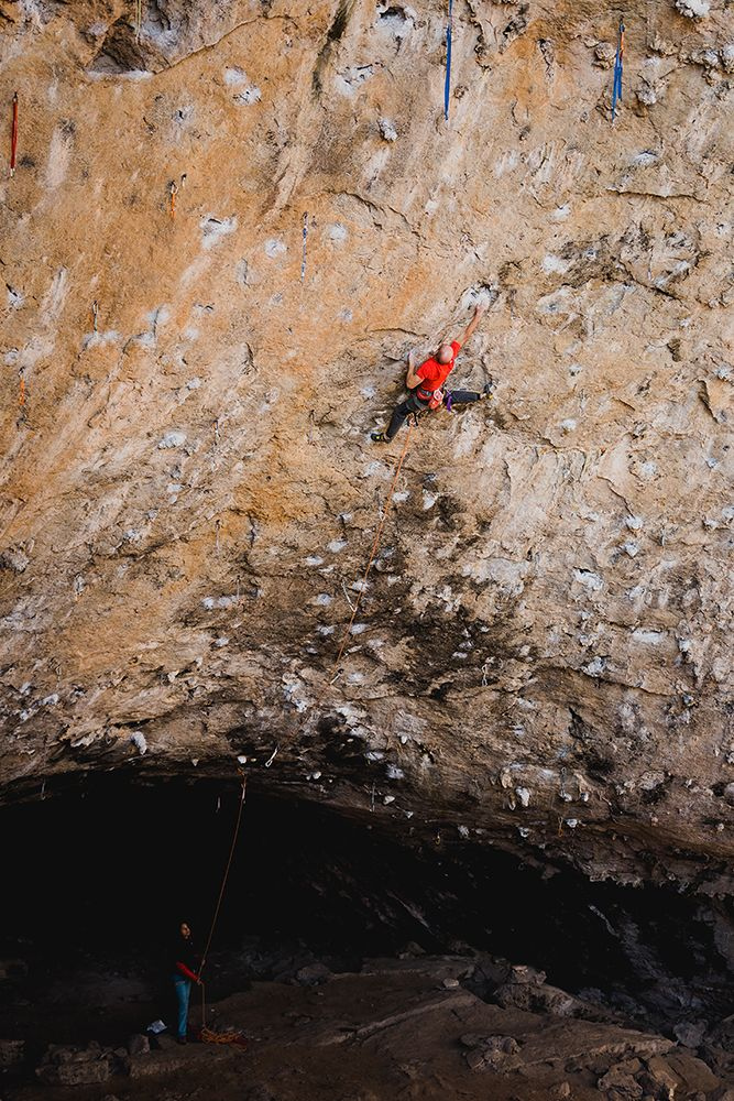 Iker Pou completa la ruta 'Guggenhell', la vía más dura de Mallorca