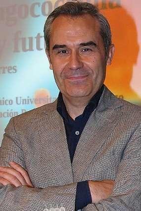 Juan Sánchez Lastres, pediatra