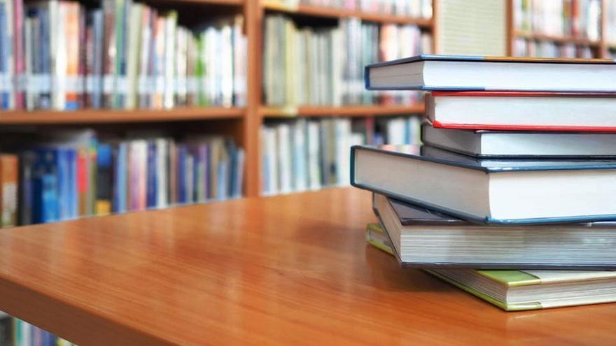 Afanes literarios y un rincón para la crítica
