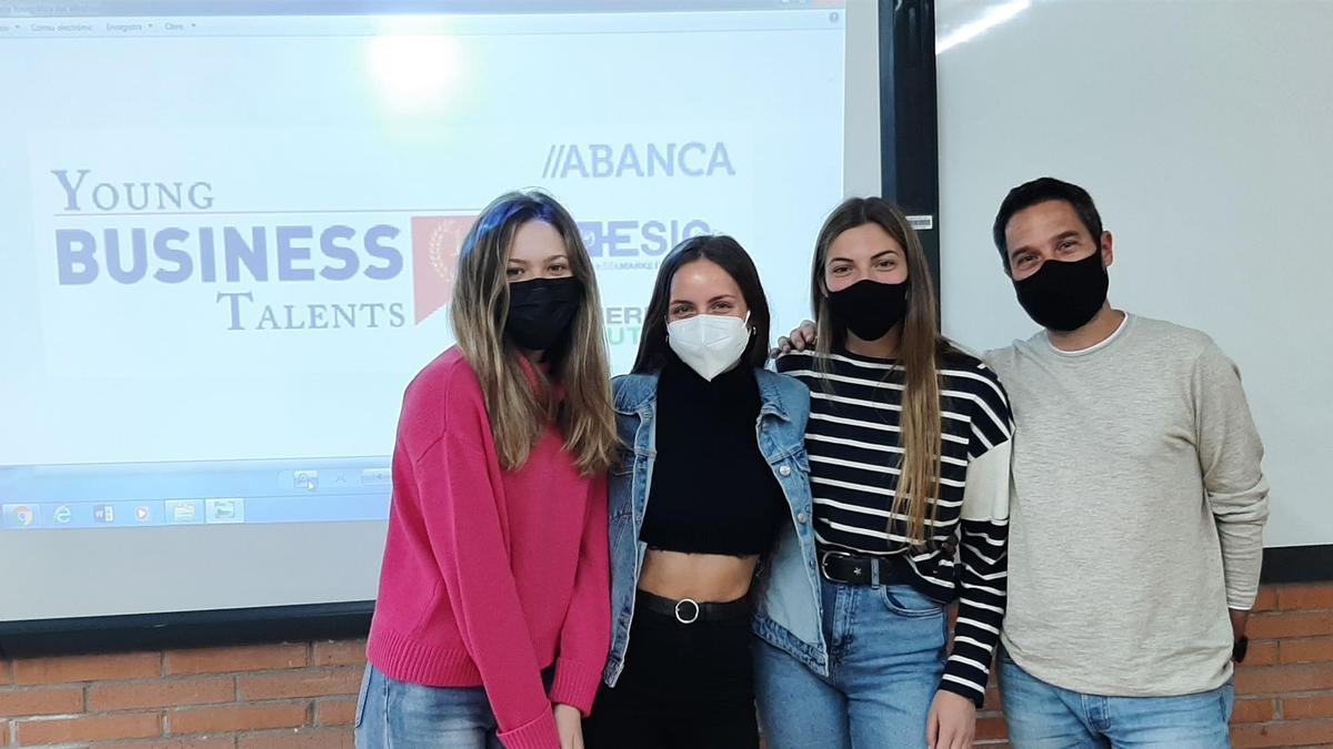Cuatro de los jóvenes que aspiran a ser el mejor empresario virtual de España.