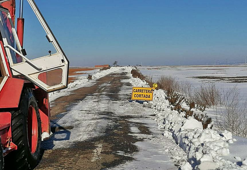 Estado de la carretera de Fuentelapeña (ZA-605) ayer