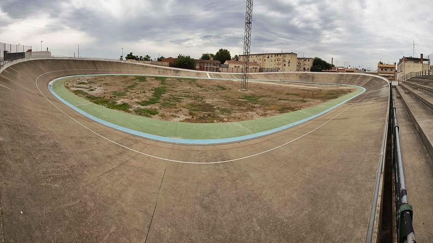 Algemesí derribará casas y el velódromo en un plan de regeneración de El Raval