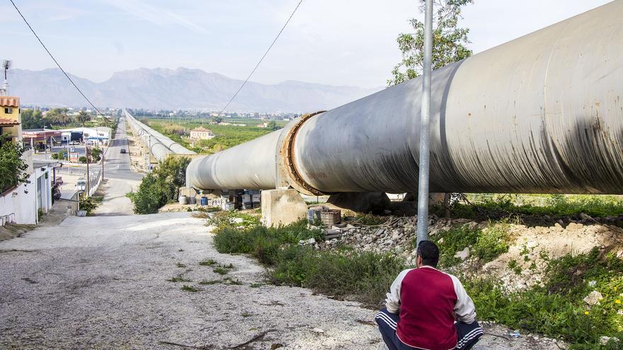 Socialistas valencianos y murcianos plantan cara al Gobierno contra el recorte del trasvase