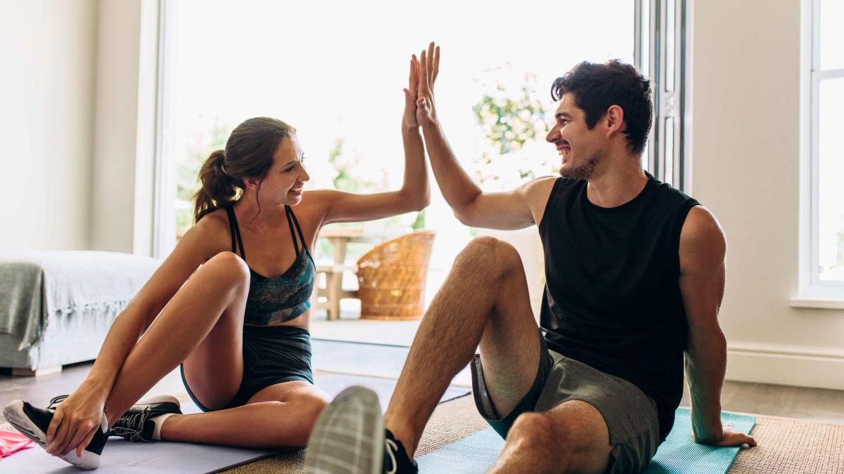 Los cuatro ejercicios quemacalorías para hacer en casa en apenas cinco minutos