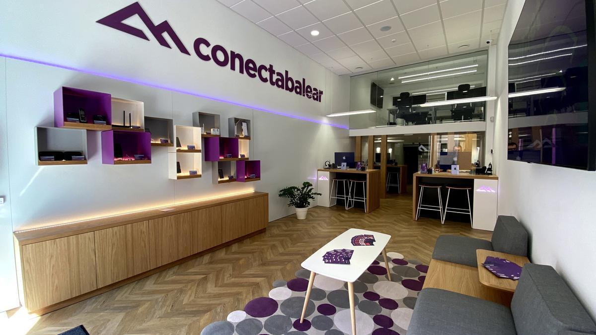 ConectaBalear inaugura su primer punto de atención al cliente en Palma