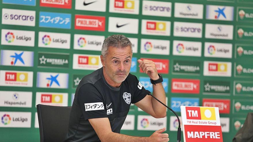 Fran Escribá: «El Rayo presiona fuerte; debemos ser valientes y pisar más su área que la nuestra»