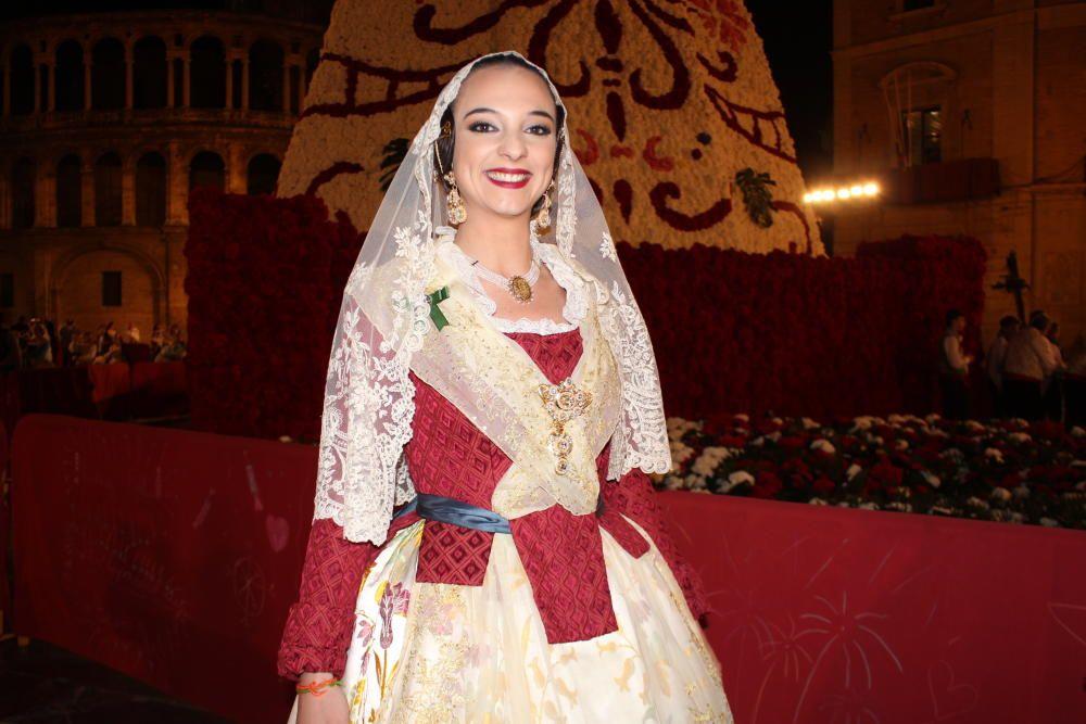 Nuria Llopis (fallera mayor infantil 2006)