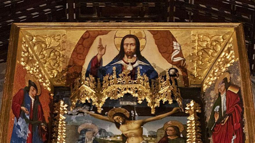 Empeoran los desperfectos en el retablo de Sant Feliu tras 6 años sin soluciones